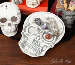 Pleasanton Vintage Skull Plate